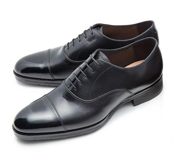 大塚製靴の内羽根ストレートチップです。