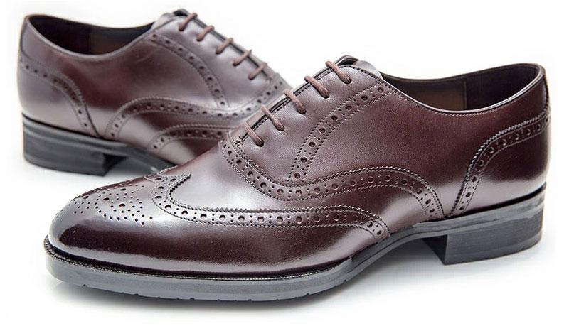 明治5年創業の老舗シューファクトリー『大塚製靴』のウィングチップです。